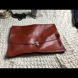 Nice minimalist tan vegan leather large laptop bag